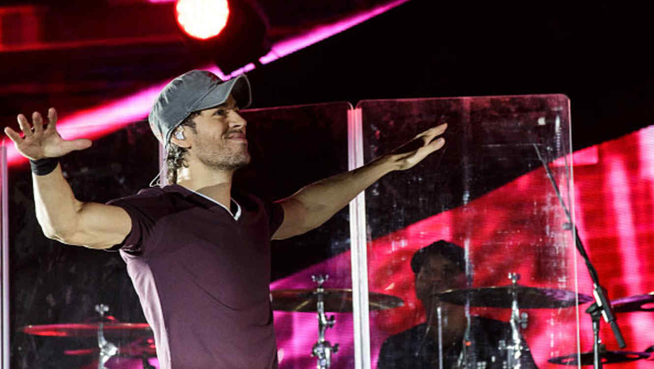 Enrique Iglesias Latin Billboards