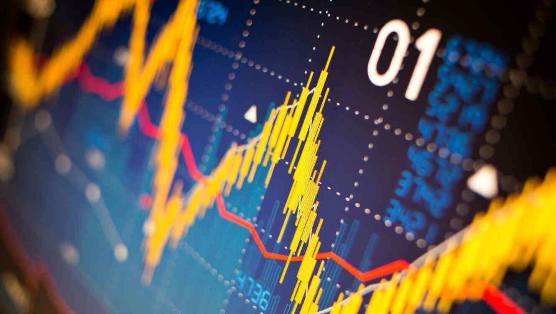 Considerar los riesgos y beneficios asociados con inversiones