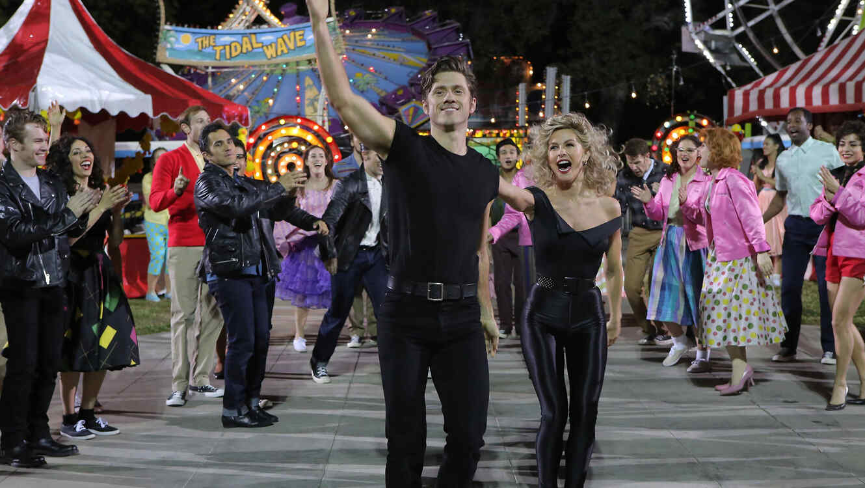 Aaron Tveit, Danny Zuko y Julianne Hough, Sandy, en 'Grease: Live'