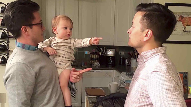 Reed con su padre y su tío