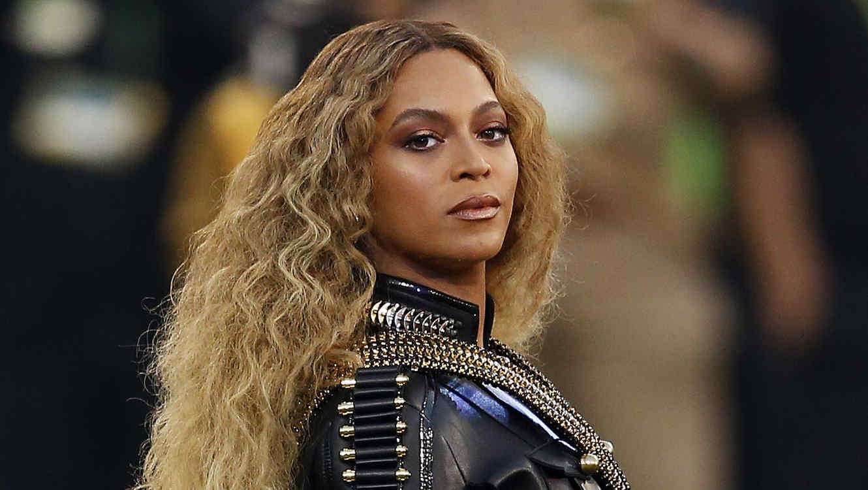 Beyoncé en el Super Bowl 2016