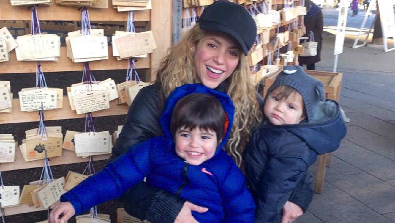 Shakira junto a Sasha y Milan Piqué