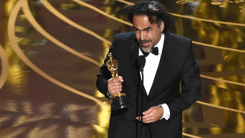Alejandro G. Inarritu gana su segundo premio Oscar consecutivo