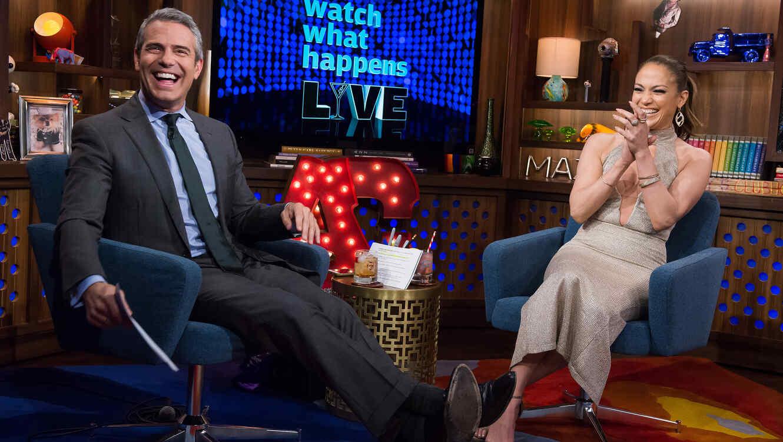 Jennifer Lopez y Andy Cohen