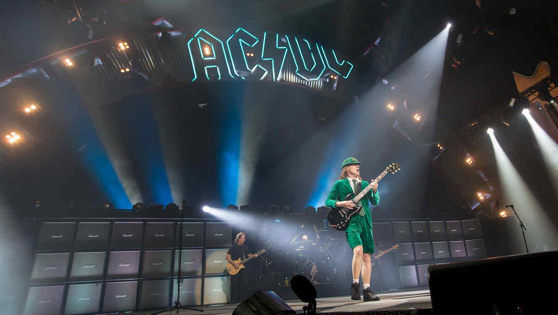 AC/DC en concierto en Kansas City en 2016