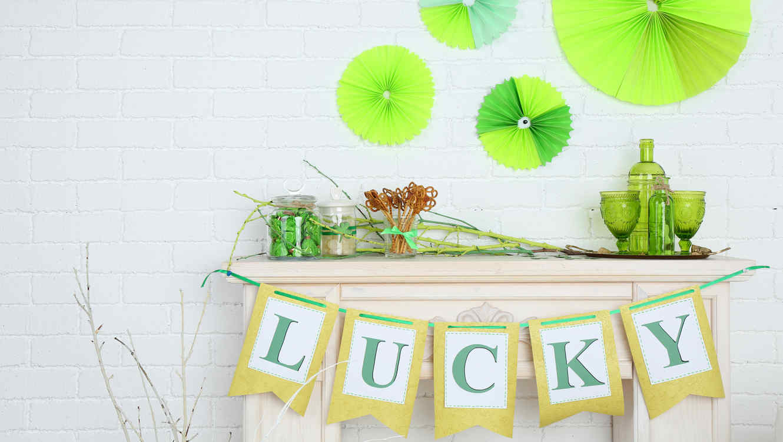 Mesa decorada con motivo de St Patricks