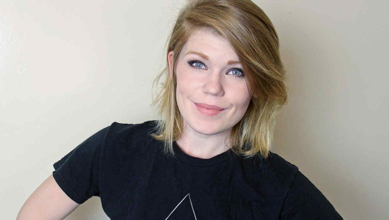 Jody Steel denuncia los estereotipos de belleza en un video
