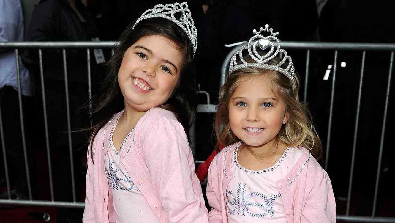 Sophia Grace Brownlee y Rosie Brownlee en los American Music Awards 2011