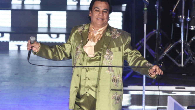 Juan Gabriel celebra 40 años con un concierto en el Bellas Artes