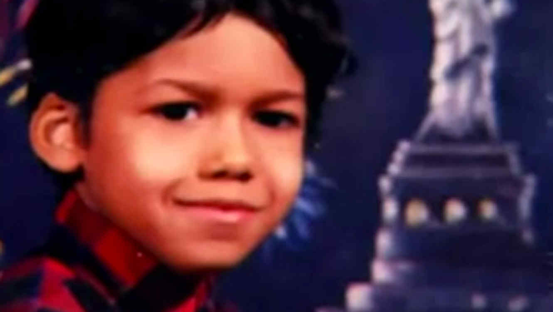 Romeo Santos de niño foto en video de Youtube
