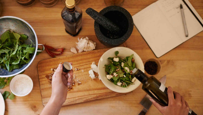 Aceite de oliva para la ensalada