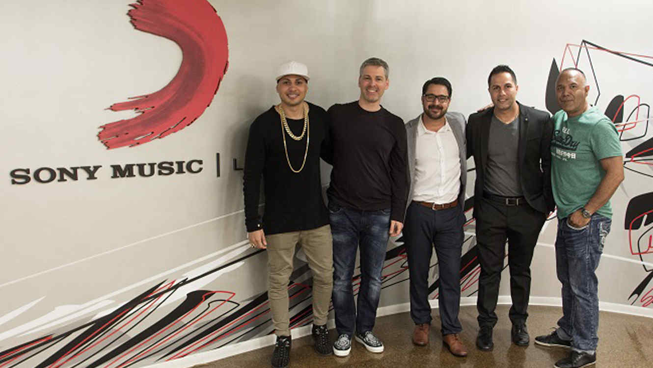 Jacob Forever firma con Sony Music Latin