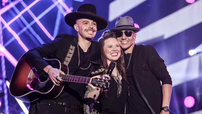 Premios Billboard 2016 Revive La Presentacion De Jesse Joy Y Luis