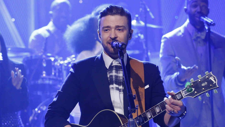 Justin Timberlake en el escenario del show de Jimmy Fallon