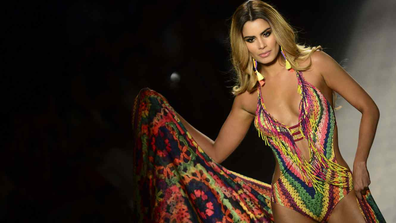 74a2551e70be Ariadna Gutiérrez regresa a las pasarelas en Colombia | Telemundo