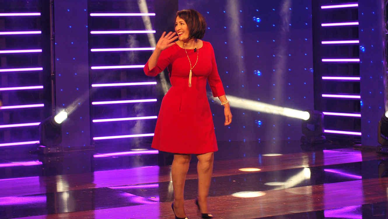 """Doña Grabiela recibió un cambio de look y un closet nuevo gracias a """"¡Qué Noche!"""""""