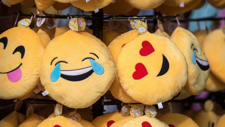 Preparan nuevos emojis para junio