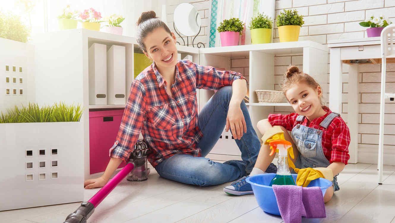 Spring Cleaning En Familia 5 Ideas Divertidas Para Involucrar A  ~ Por Donde Empezar A Limpiar Una Casa