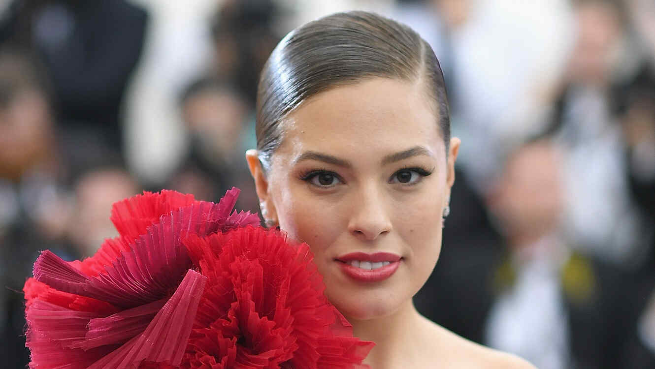 Ashley Graham posa completamente desnuda en Instagram