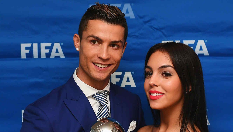 Cristiano Ronaldo y Georgina Rodriguez en premios FIFA 2017