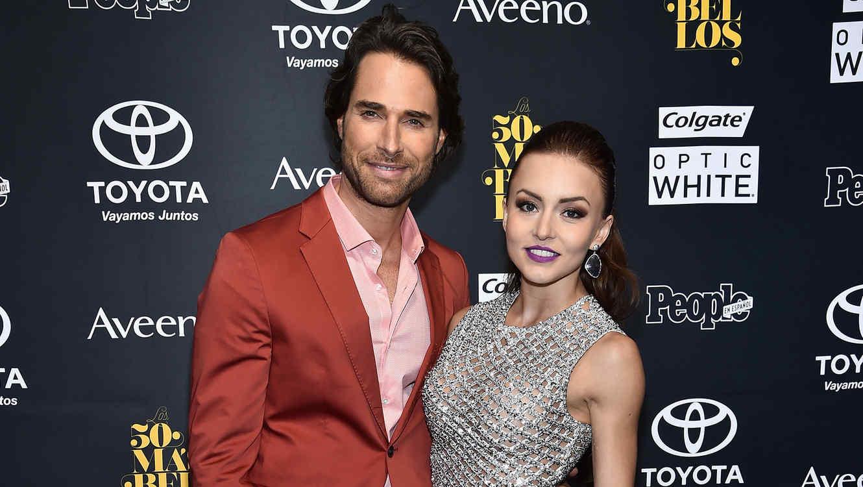 Angelique Boyer y Sebastián Rulli en la Gala de los 50 más bellos 2016