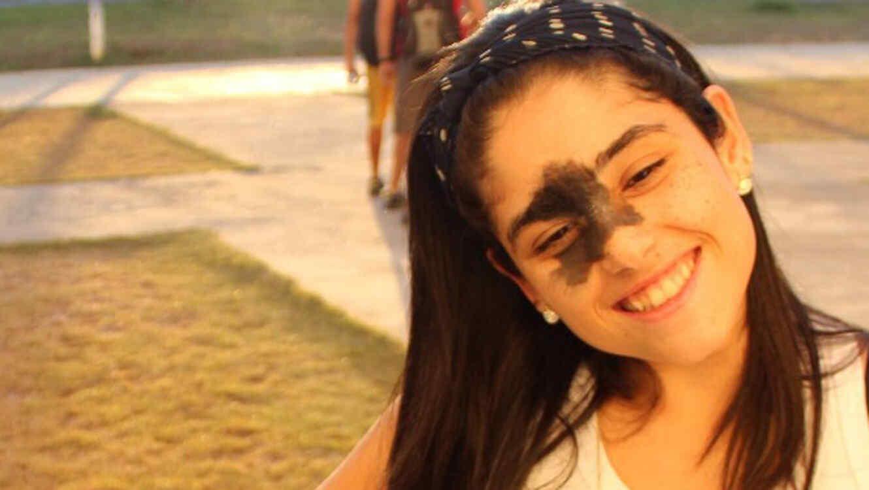 Mariana Mendes sonriendo 2013