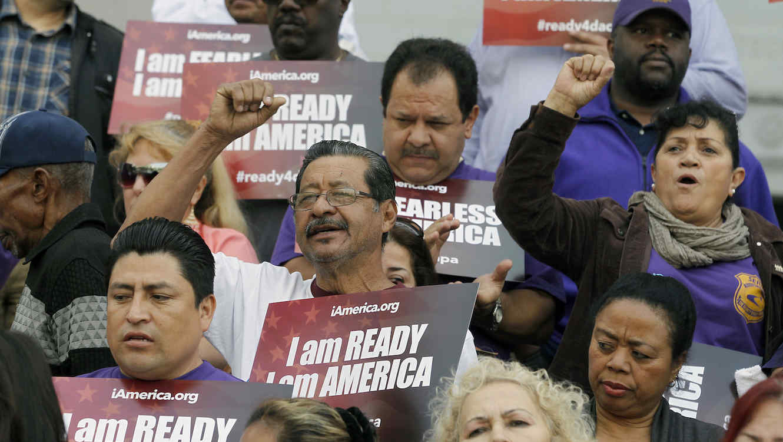 Protesta a favor de DACA en Los Ángeles en febrero de 2015.