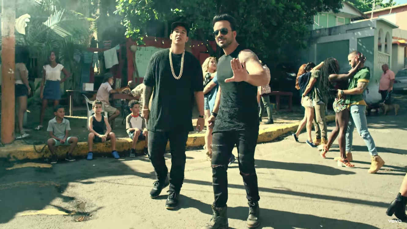 'Despacito' rompe récord como video más visto en YouTube
