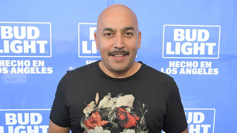 Enfrenta Lupillo Rivera demanda por quebrarle la quijada a un hombre