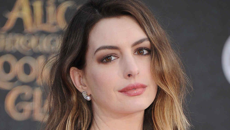 Fotos De Anne Hathaway Desnuda Circulan En La Red Telemundo