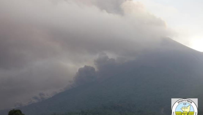 Volcán de Fuego de Guatemala entró en fase de erupción [FOTOS — Impresionante