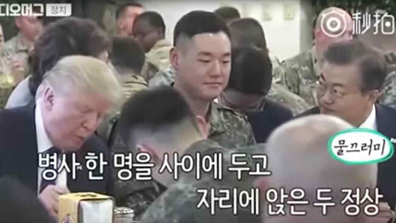 soldado_cenando_con_trump.jpg