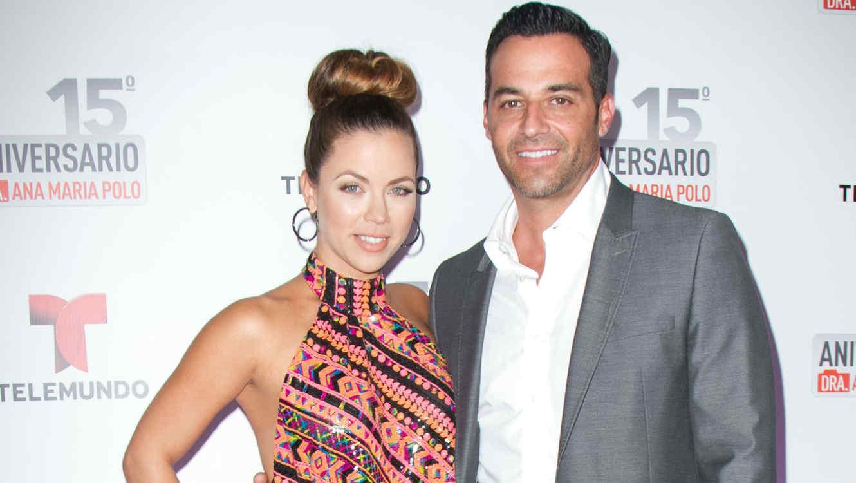 Jay Adkins y Ximena Duque