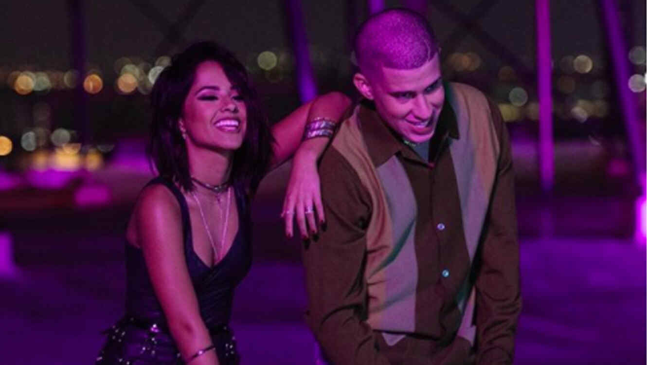 Becky G Y Bad Bunny Sobrepasan A Taylor Swift En Youtube Telemundo