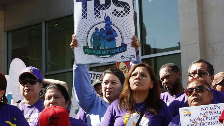 Activistas, organizaciones y otros líderes piden al gobierno de Trump que se extienda el programa TPS.