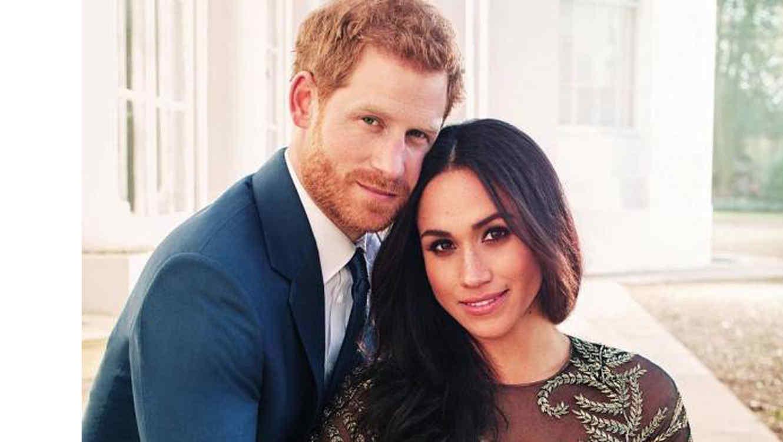 Una de las fotos oficiales del príncipe Harry y Meghan Markle divulgadas por el palacio de Kesington