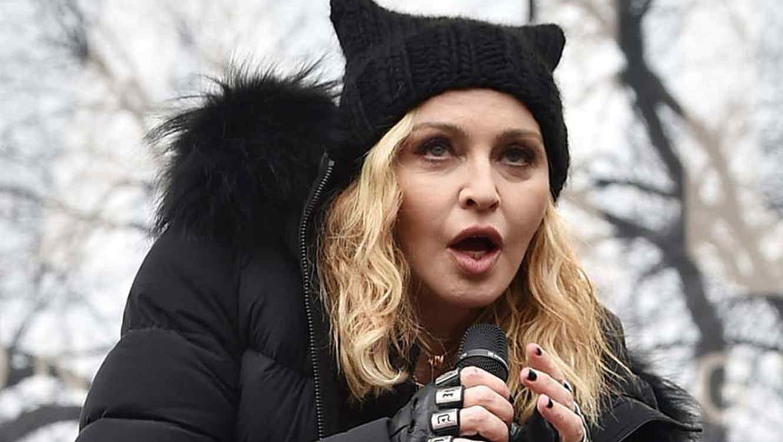 Fans piden a Madonna que depile las axilas de su hija