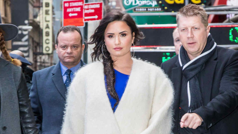 Sensual lencería deja ver más de la cuenta — Demi Lovato