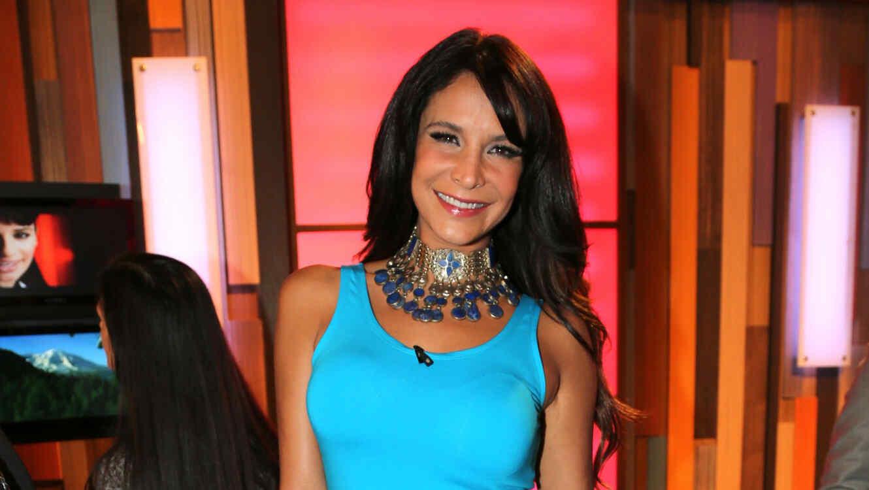Lorena Rojas sonriendo