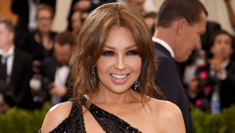 'Copia' Thalía estilo a Kim Kardashian