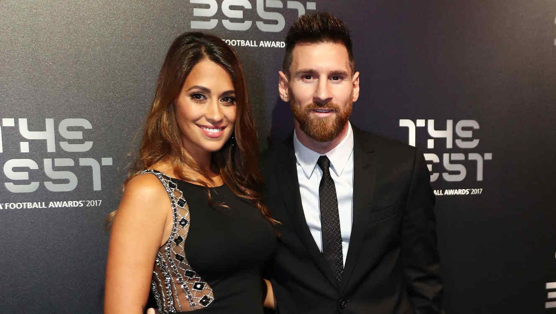 Antonella Roccuzzo y Leo Messi en The Best FIFA Football Awards 2017