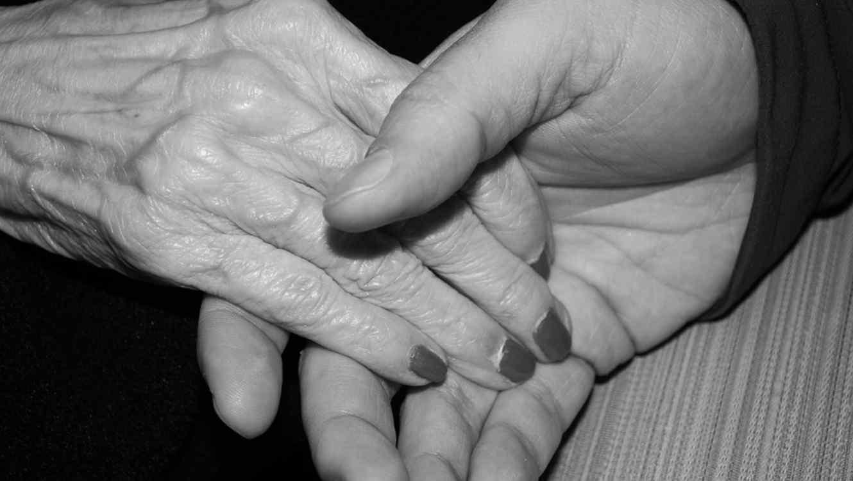 Causa revuelo matrimonio con 53 años de diferencia