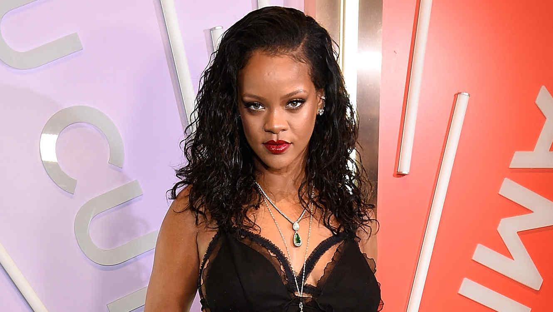 Acosador irrumpió en casa de Rihanna porque quería tener sexo con ella