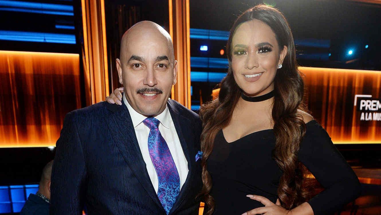 Lupillo Rivera y Mayeli Alonso