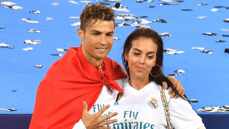 Cristiano Ronaldo con Georgina Rodríguez en la final de la Champions 2018