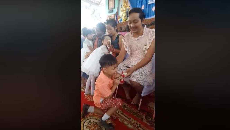 VIDEO Día de las Madres: Hombre se viste de mujer por amor
