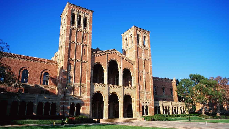 Edificio de la Universidad de California en Los Ángeles
