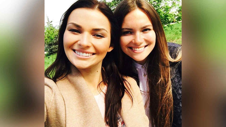 Irina Baeva y su hermana