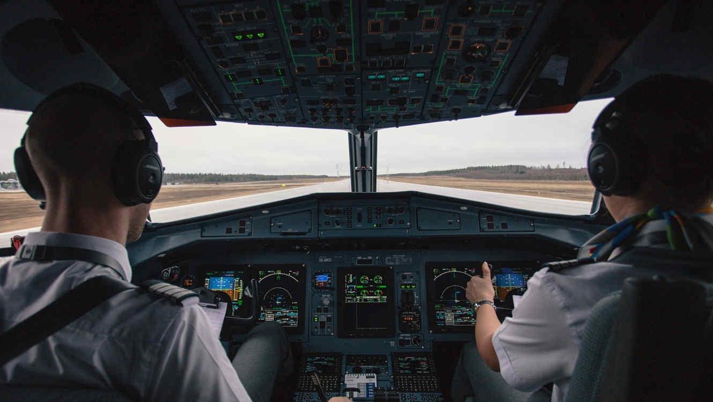 Dos pilotos de aerolíneas diferentes reportaron haber visto los objetos voladores el pasado 9 de noviembre