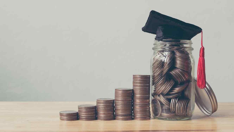 Dinero ahorrado para la universidad
